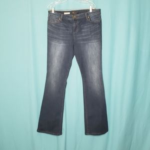 3/$25 Kut from the Kloth Natalie Bootcut Jeans